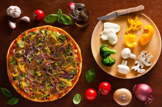 פיצה ברוקולי ופטריות