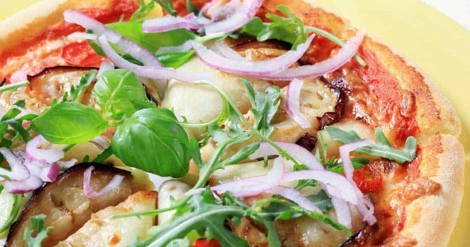 פיצה חצילים