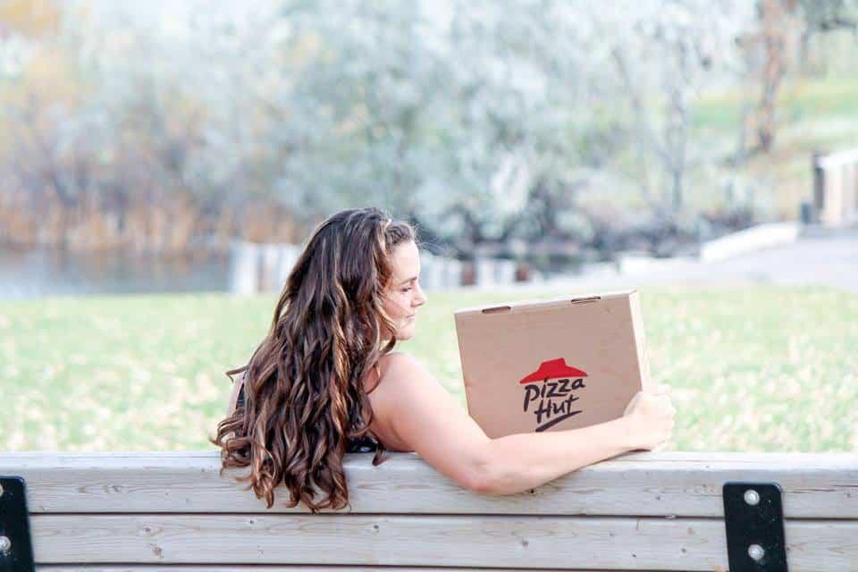 חתונה עם פיצה