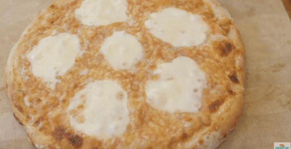 פיצה עם שעועית