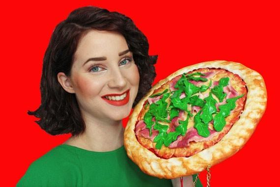 תיק בצורת פיצה