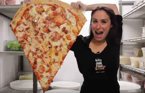 משולש פיצה גדול